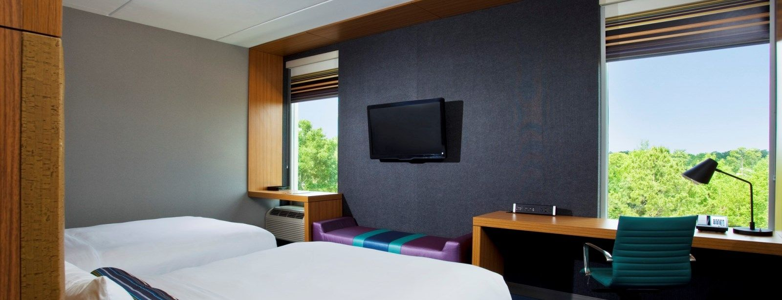 Jacksonville Accommodations - Aloft Queen Room